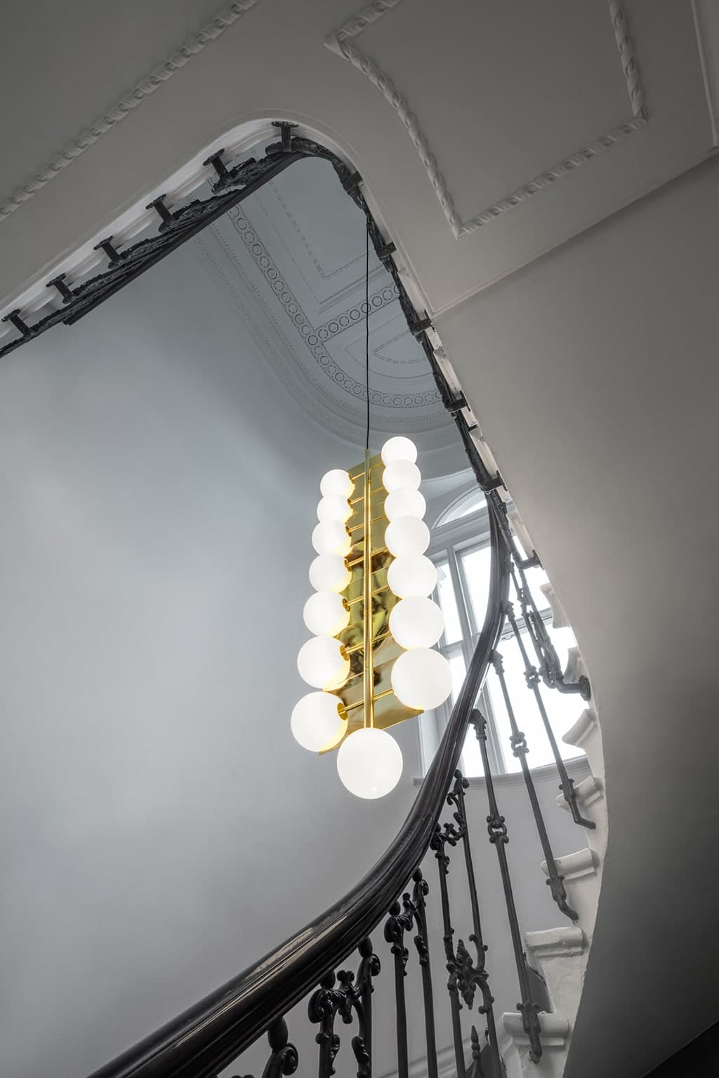 PLANE DROP CHANDELIER - TOM DIXON
