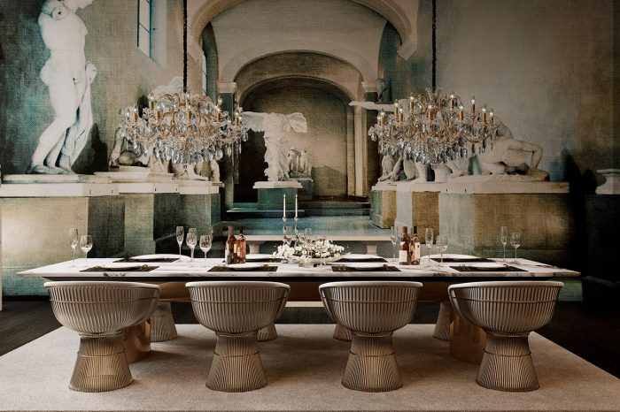 This majestic dining room is a uniquely spectacular and dramatic setting that brings the Baroque and operatic together to make each evening a theatrical event.