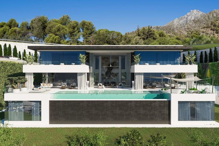 Villa Alcuzcuz has amazing views straight over the Mediterranean Sea and beyond to the coast of Africa